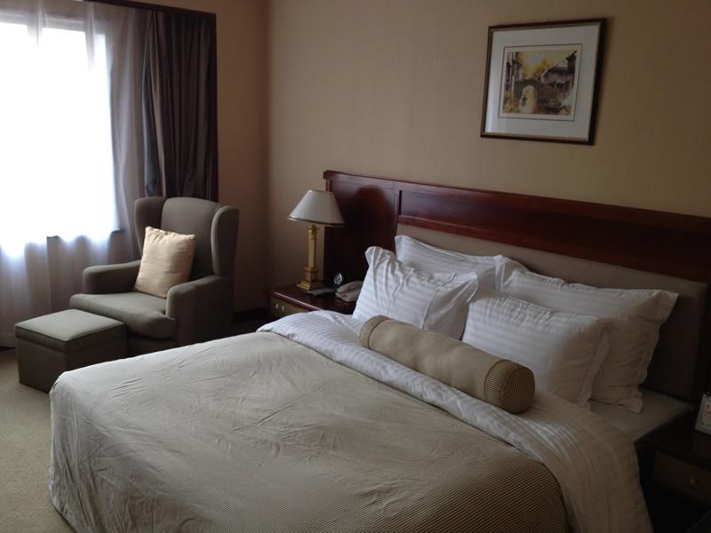 虹橋賓館ベッド