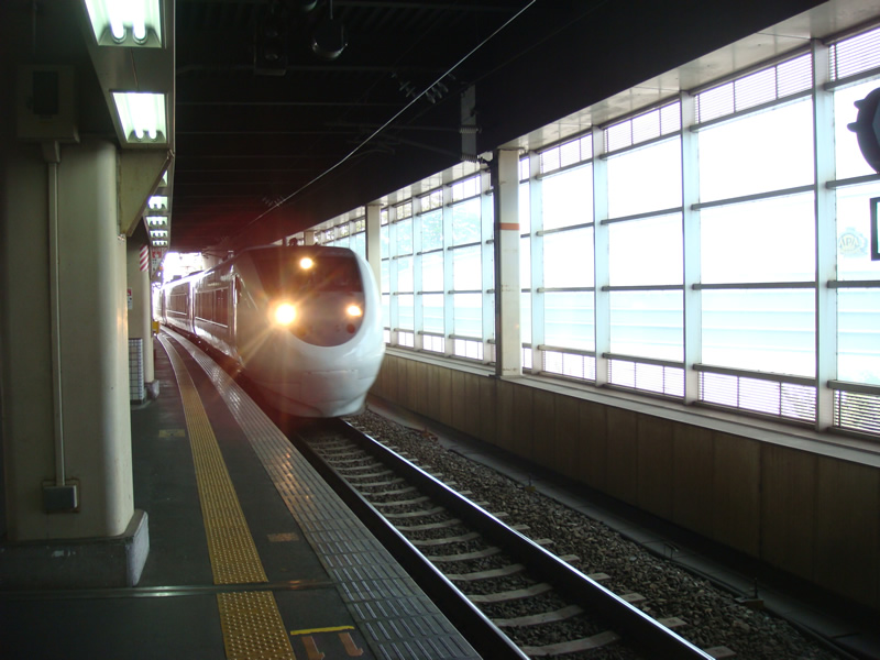 サンダーバード(和倉温泉行き)