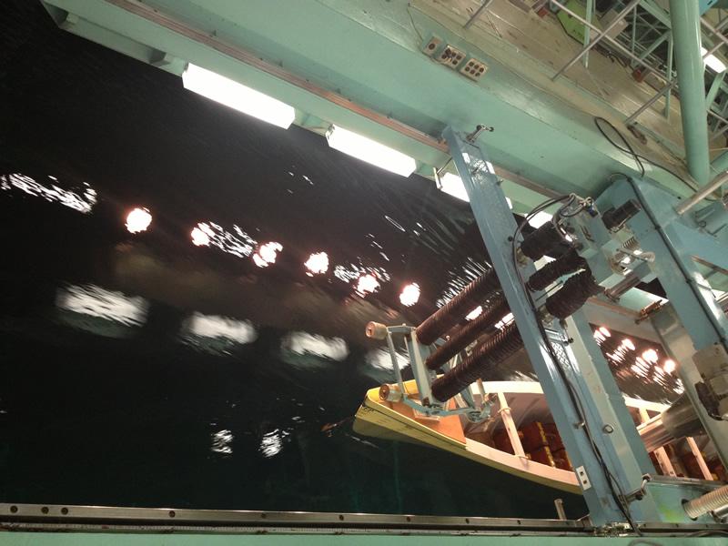 ユニバーサル造船研究室 船試験