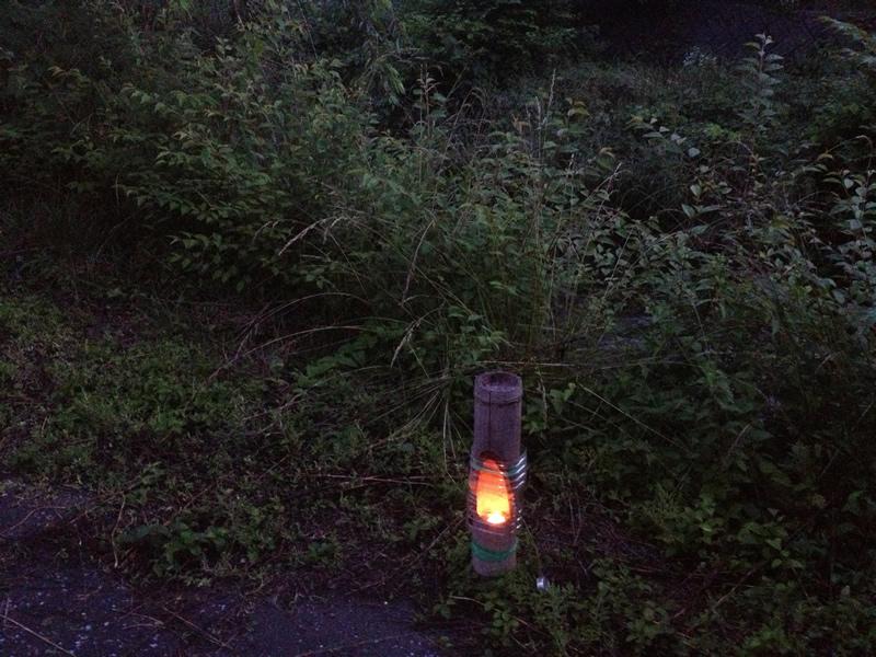 飛鳥川沿いの燈