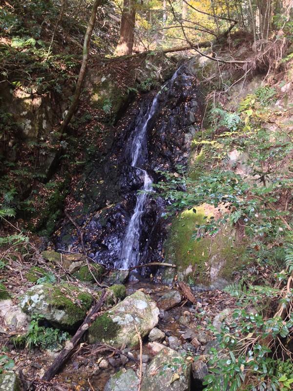 谷汲山 東海自然歩道 流水