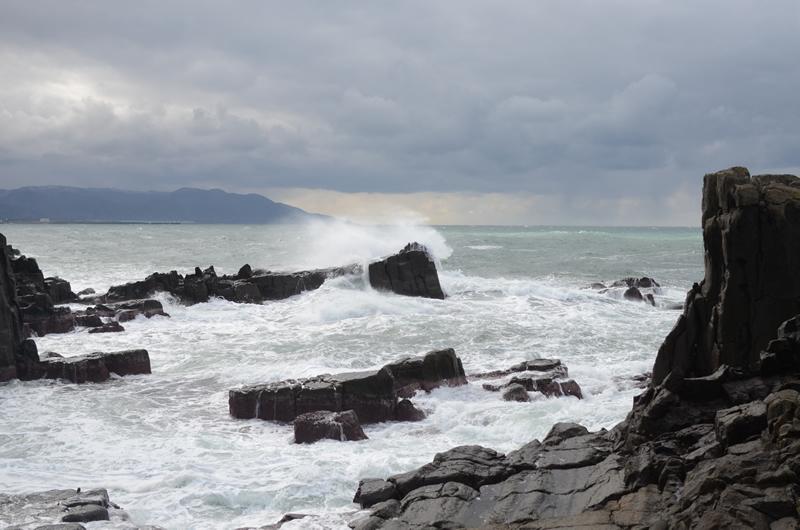 東尋坊と日本海