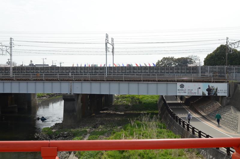 渡り橋から鉄橋