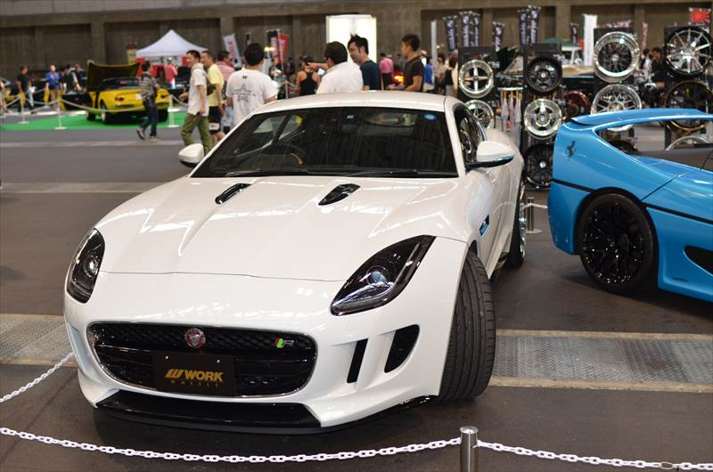 ジャガー F-TYPE COUPE