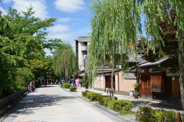 京都宇治の石畳の通り